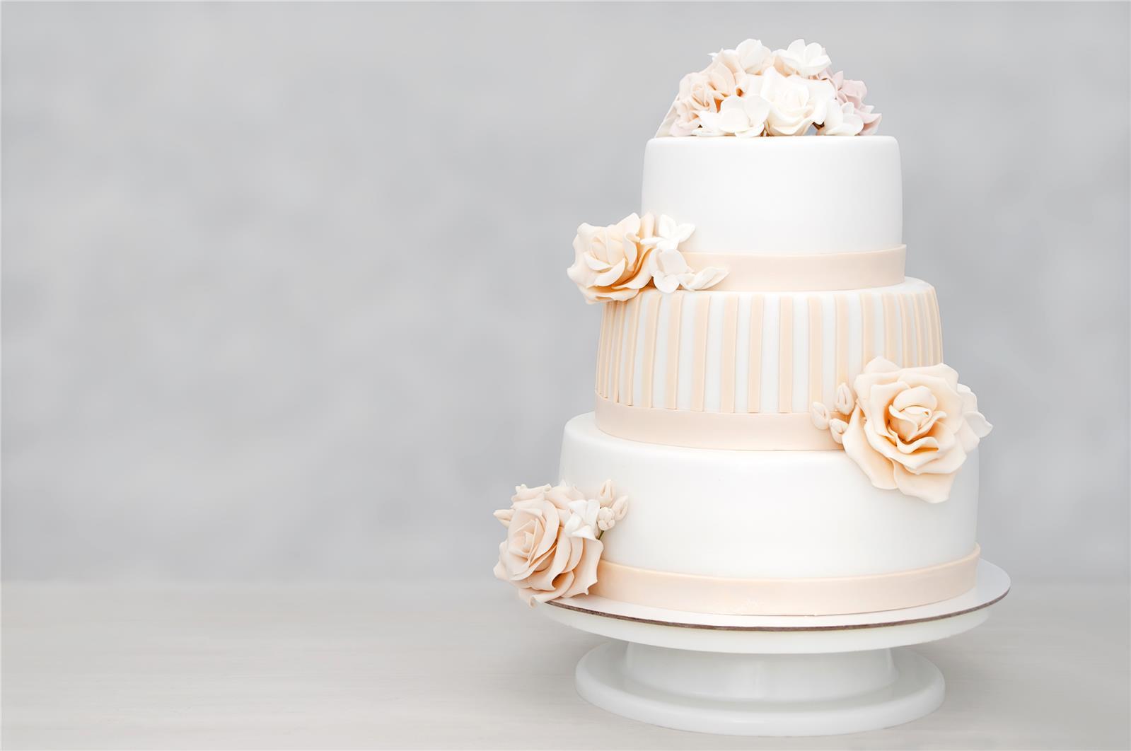 עוגת חתונה סופר פוטוגנית