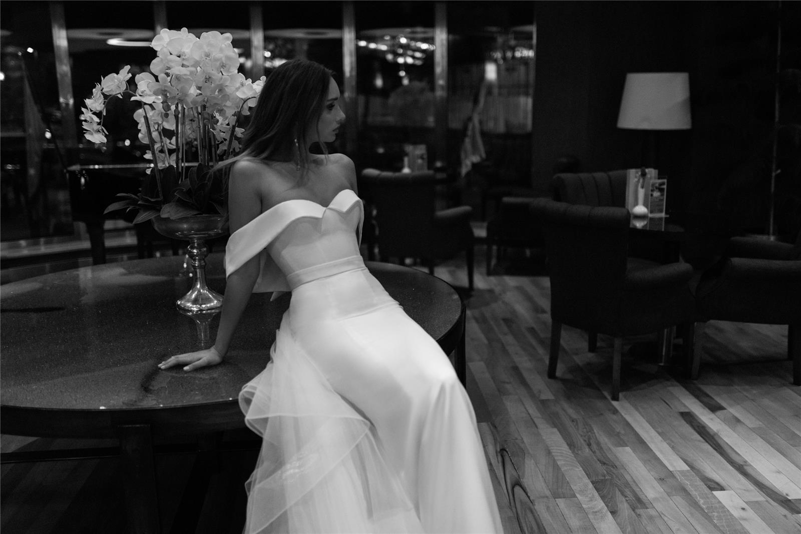 שמלה של דימיטריוס (צילום: דניאל אלסטר)