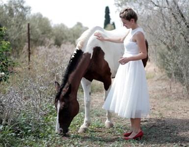 שמלת כלה - דגם ספיר של אור טוהר (צילום: באדיבות אור טוהר)