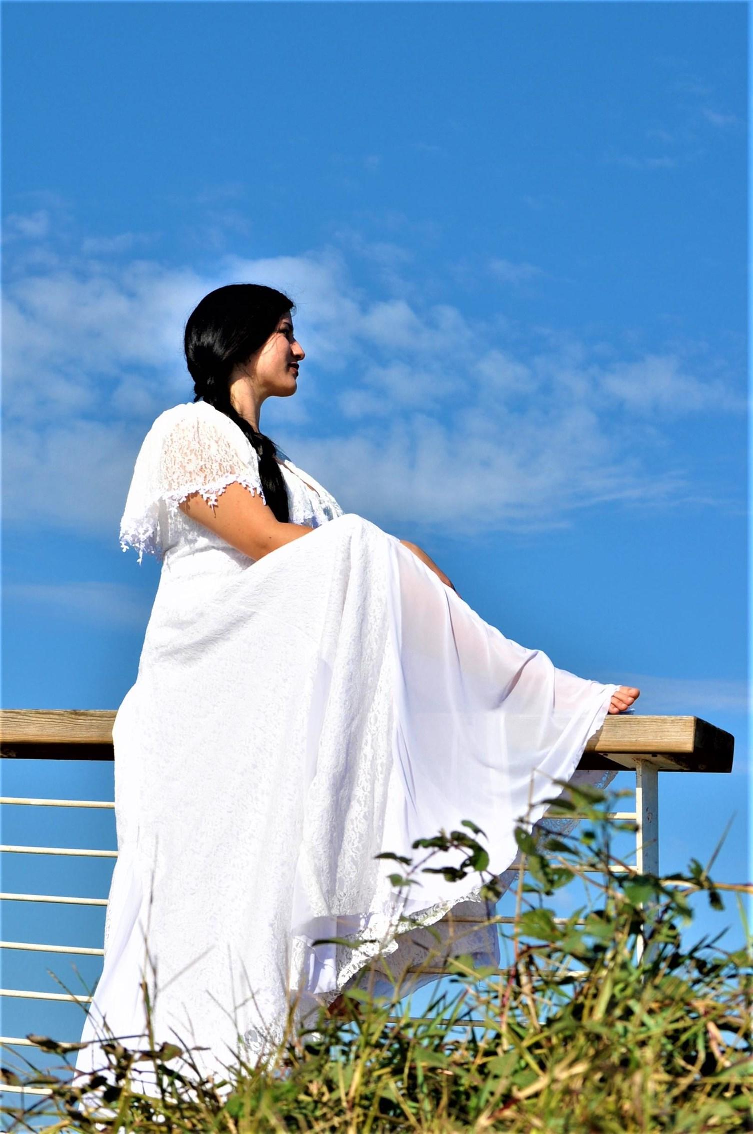 שמלת כלה - דגם לילך של אור טוהר (צילום: באדיבות אור טוהר)