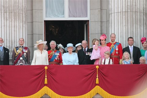 8 דקה אחרי דקה: הנסיכה יוג'יני מתחתנת, celebs-and-weddings, תמונה6