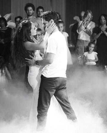 לרקוד כל הדרך אל החופה: הטרנד שישדרג לכם את החתונה