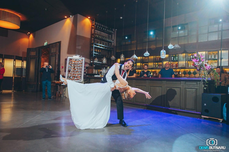 ריקוד חתונה (צילום: באדיבות OffBeat)