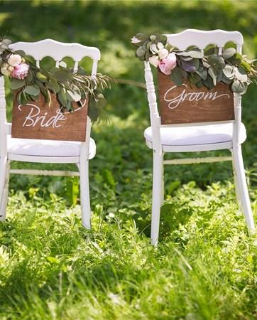 כן, אבל: יש דברים יותר מבאסים מלדחות חתונה