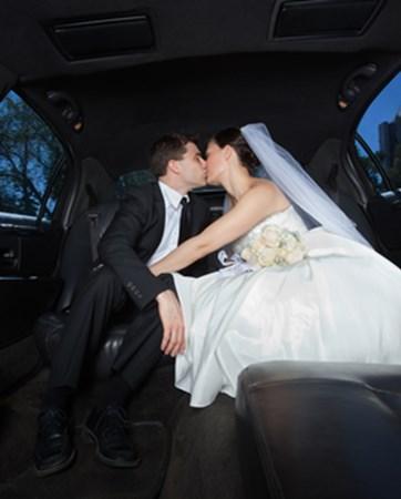 על מה להקפיד כשבוחרים לימוזינה לחתונה?