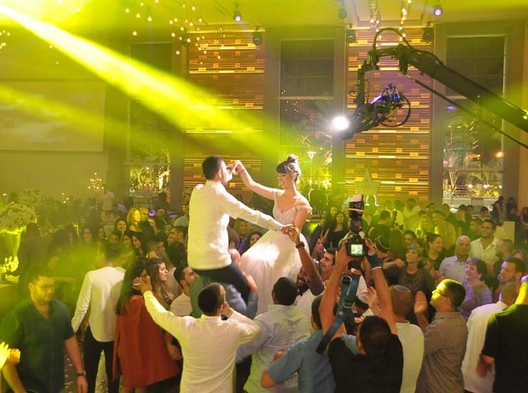 חבילת מוזיקה וחבילת צילום במחיר שפוי - B4U - מוסיקה והפקות, מבצעים למתחתנים, 4