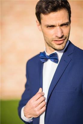 חליפת חתן: קולקציית 2019, חליפת שני חלקים, חליפה בגזרה ישרה, חליפה בדוגמה חלקה, חליפה בצבע כחול - קופיטו
