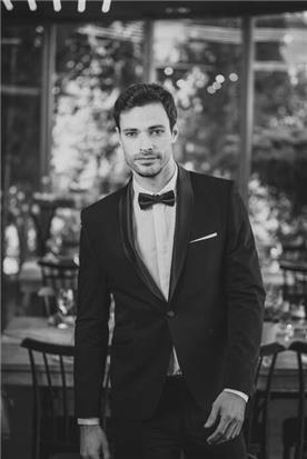 חליפת חתן: קולקציית 2019, חליפת שלושה חלקים, חליפה בגזרה ישרה, חליפה בדוגמה חלקה, חליפה בצבע שחור - קופיטו