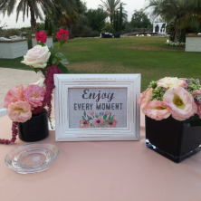קישוטי פרחים כניסה לאולם