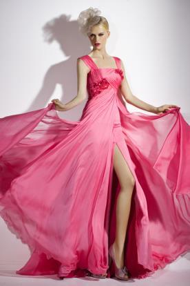 שמלת ערב ורודה נשפכת