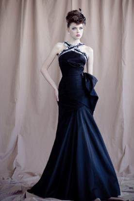 שמלת ערב שחורה רצועה אפורה