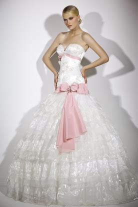 שמלת כלה פפיון ורוד