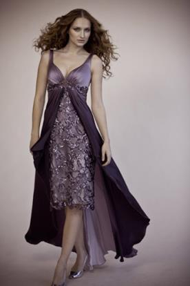 שמלת ערב סגולה מחורזת
