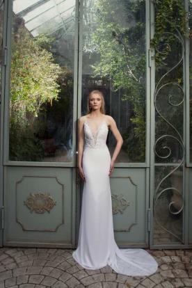 שמלת כלה קלאסית ועדינה