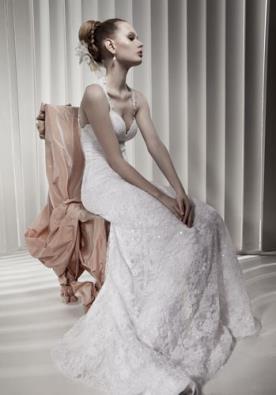 שמלת כלה מקסי נוצצת