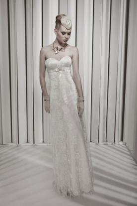 שמלת כלה עם חגורת חזרה בשילוב תחרה