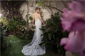 שמלת כלה בסגנון מסתורי-רומנטי