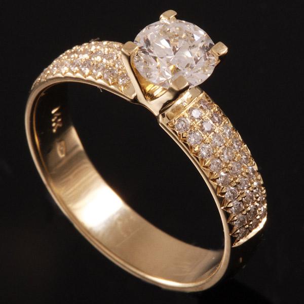 טבעת אירוסין שיבוץ מלבני