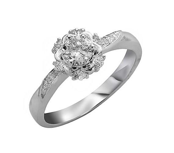 טבעת אירוסין בסגנון פרחוני