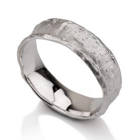 טבעת נישואין זהב לבן מראה גולמי