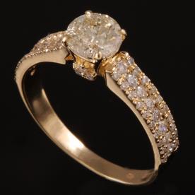 טבעת אירוסין יהלומים בגדלים