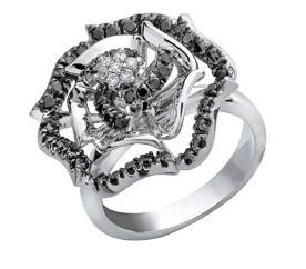 טבעת אירוסין פרח יהלום שחור
