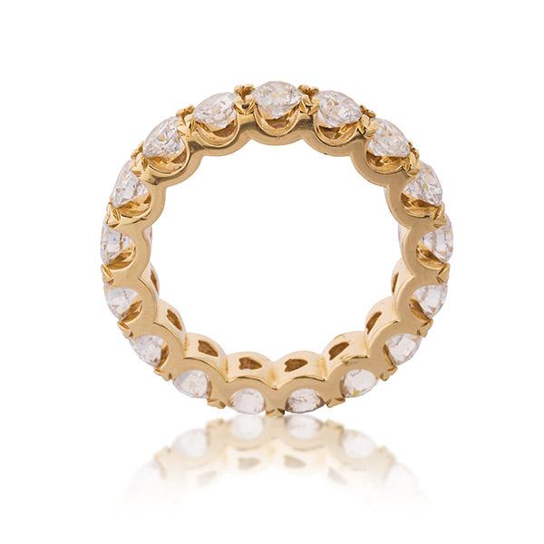 טבעת אירוסין זהב מוקף יהלומים