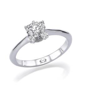 טבעת אירוסין סוליטר ריבוע