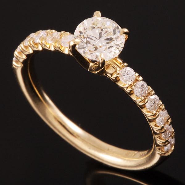 טבעת אירוסין זהב צהוב ויהלומים