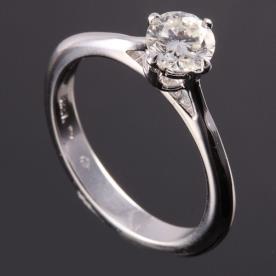 טבעת אירוסין יהלום עגול זהב לבן