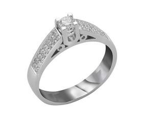 טבעת אירוסין צדדים משובצים