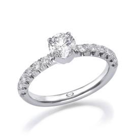 טבעת סוליטייר בעיצוב מודרני
