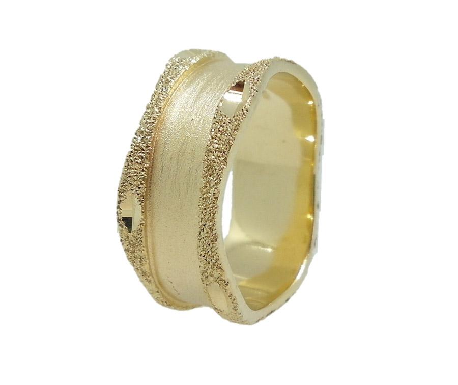 טבעת עם שוליים מעוגלים