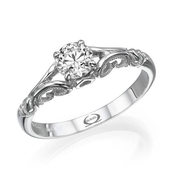 טבעת אירוסין עיטורי לב