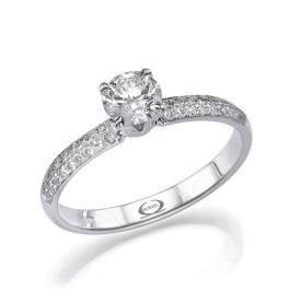 טבעת קלאסית בעיצוב מודרני