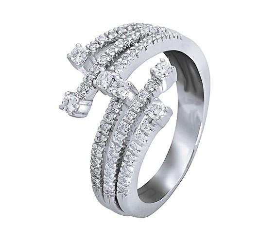 טבעת אירוסין אסימטרית זהב לבן