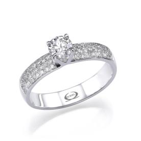 טבעת רחבה משובצת יהלומים
