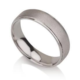טבעת נישואין ריקועים עדינים