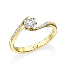 טבעת אירוסין סוליטייר עם יהלומים