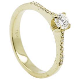 טבעת אירוסין זהב צהוב מוגבה