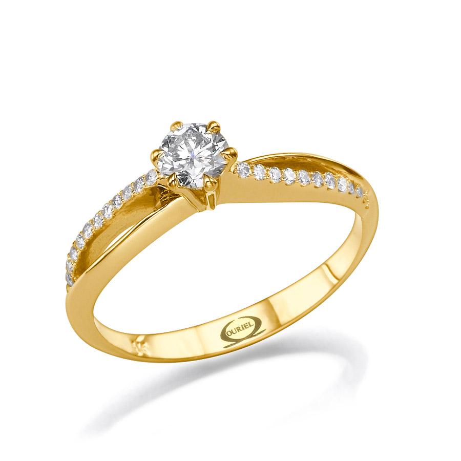 טבעת עדינה בעיצוב קלאסי
