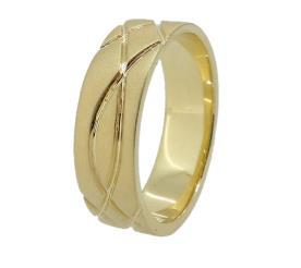 טבעת נישואין: תכשיט לאישה, תכשיט מזהב צהוב, תכשיט בסגנון קלוע, תכשיט בעיצוב גלי, תכשיט בסגנון רחב, תכשיט בעיצוב עדין - אוריאל תכשיטים