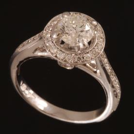 טבעת אירוסין טרפזית