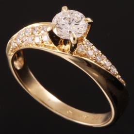 טבעת אירוסין יהלומים מפותלים