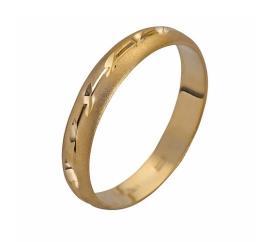 טבעת נישואין צרה עם ריקועים