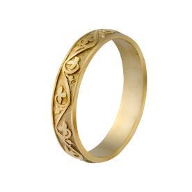 טבעת עדינה צרה בעיצוב רומנטי