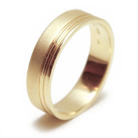 טבעת נישואין זהב עם פס