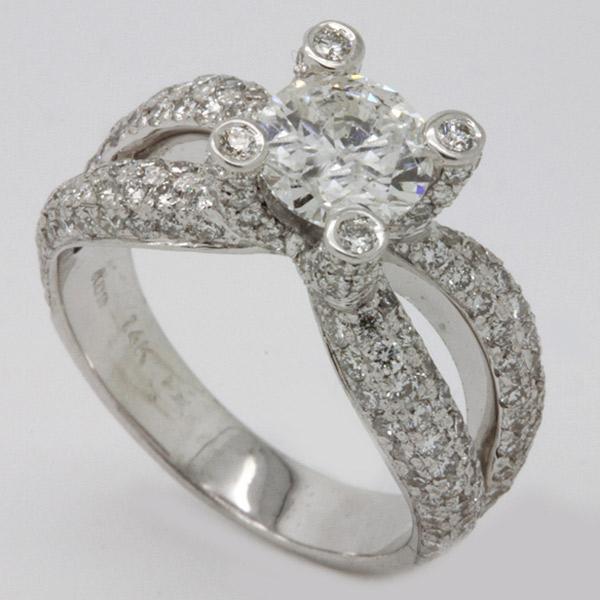 טבעת אירוסין לולאות יהלומים