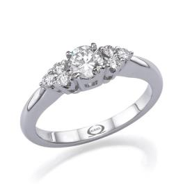 טבעת אירוסין יהלומים עדינים