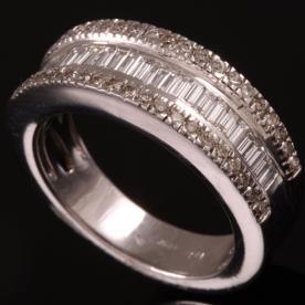 טבעת אירוסין אטרניטי זהב לבן